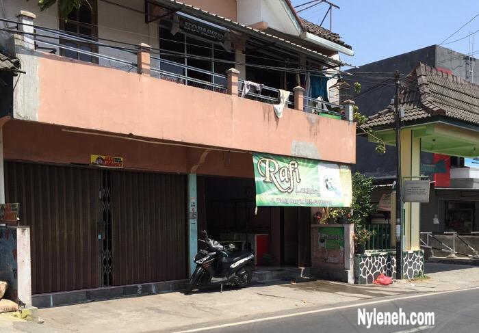 Rafi Laundry Tempat Cuci Baju Termurah di Jogja