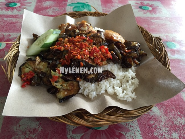 Resep Masakan Nasi Ayam Gepuk Sambel Bawang Ala Mas Kobis
